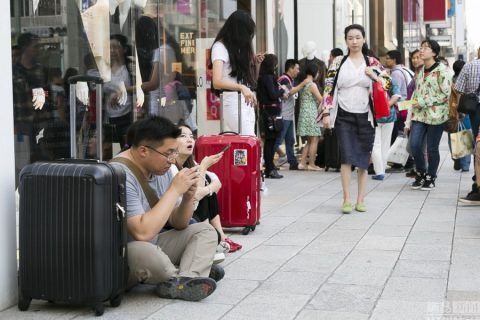 [Tourist] 120 million Chinese tourists go oversea annually