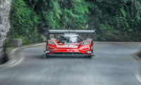 Volkswagen ID.R: new record at Tianmen Mountain, China