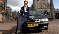 Dutch Prime Minister drives Saab 93 from 1999