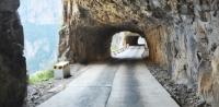 Amazing Xiyagou wall-mounted highway in Shanxi Jin-City