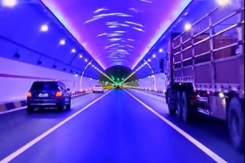 [2021.010] China traffic & road construction